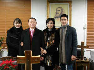 Siwon and family